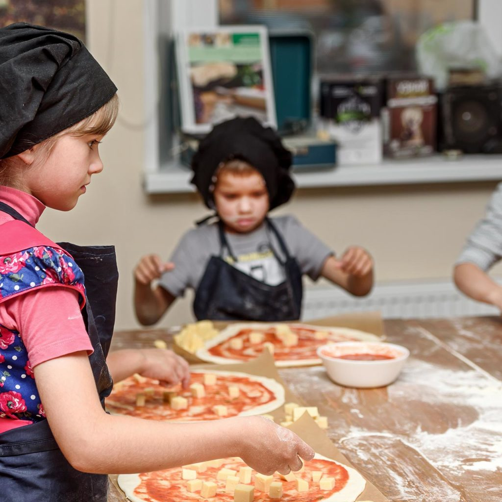 Kids Pizza making classes at Rye By The Water Brentford